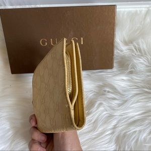 Gucci Bags - AUTHENTIC GUCCI SHORTS WALLET